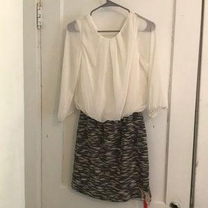 Tease Me 3/4 sleeve dress blouson skirt sz Med